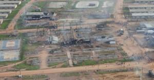 Trabalhadores atearam fogo nos alojamentos da usina de Jirau durante greve em 2011 Fonte: Secretaria de estado Segurança e Defesa da Cidadania /  Rondônia.
