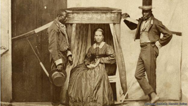Escravos brasileiros não foram indenizados com assinatura da Lei Áurea. Imagem: Cortesia Instituto Moreira Salles.