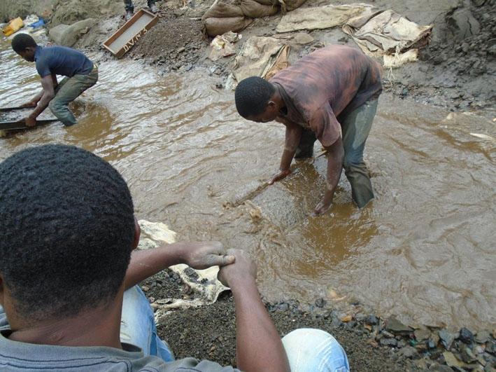 Doenças pulmonares são as mais comuns entre mineradores Fotografia: Anistia Internacional.