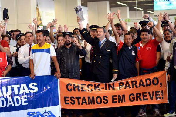 Crise bate no bolso de trabalhadores, que iniciam ciclo de paralisações