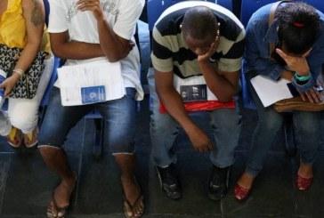 """Desemprego em 12,2%: """"Estabilizamos no inferno"""", diz economista"""