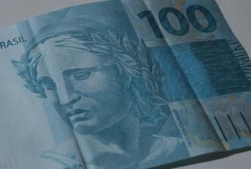 Salário mínimo cresceu 77% desde 2002, diz Ministério do Trabalho