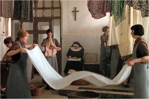 Baseado em fatos reais, filme retrata os estabelecimentos religiosos de internamento feminino que possuíam lavanderias onde as internas trabalhavam. Fotografia: Divulgação/Miramax Films/IMDb