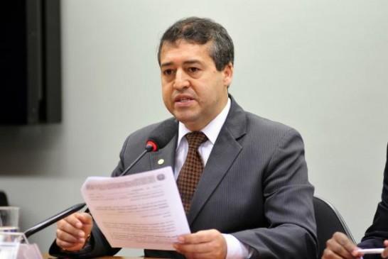 Governo enviará ao Congresso reforma trabalhista até o fim do ano, diz ministro