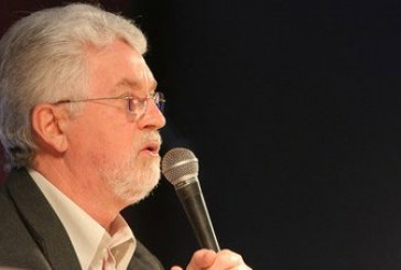 Reviravolta na política brasileira preocupa movimento sindical internacional