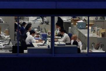 Mortes por excesso de trabalho refletem desafios do Japão para mudar cultura de hora extra