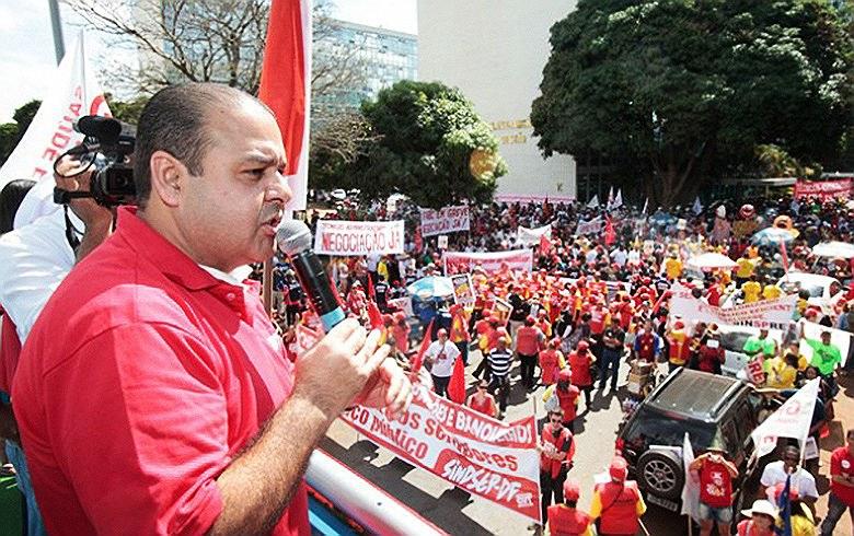 'Temer é o grande construtor da greve geral', diz Vagner Freitas