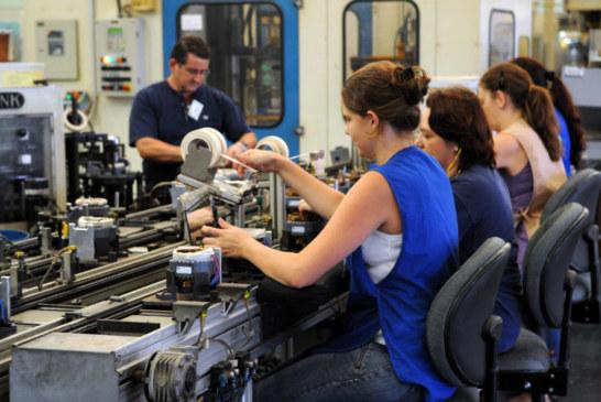 Número de trabalhadores sindicalizados no Brasil atinge maior patamar desde 2004, segundo IBGE/OIT