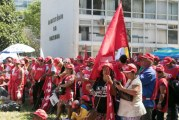 Centrais se preparam para 'invadir' Brasília contra reformas de Temer