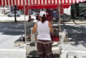 Impulsionado pela informalidade, desemprego cai para 12,8%