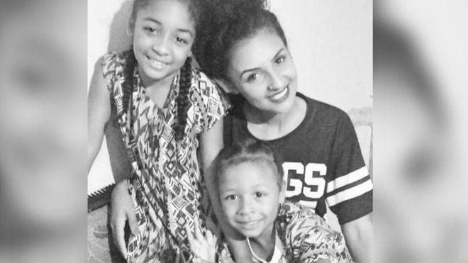 A maquiadora Thaa Rodrigues foi recusada para posição de vendedora por ser mãe. Foto: Arquivo Pessoal.