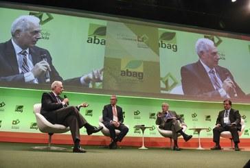 No Congresso do Agronegócio, ataques à Justiça do Trabalho e à Constituição