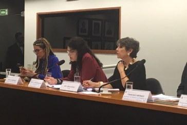 Debatedores apontam dificuldades de transexuais terem acesso ao mercado de trabalho