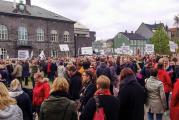 O plano da Islândia para garantir que as empresas igualem os salários de homens e mulheres