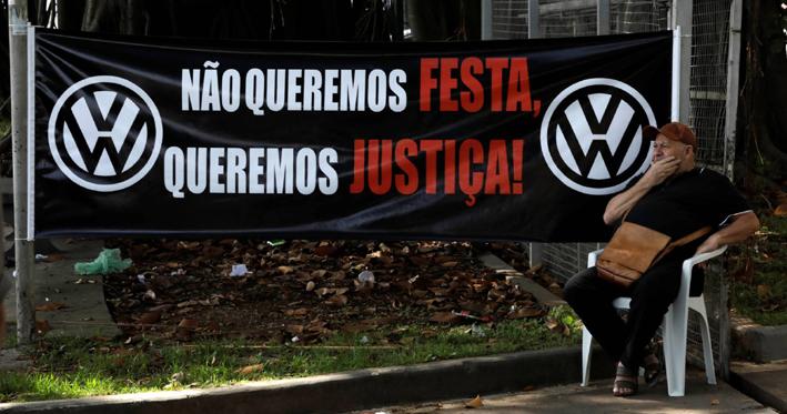 Volkswagen admite laços com a ditadura militar, mas falha ao não detalhar participação, diz pesquisador