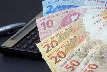 Poder de compra do salário mínimo recua três anos, diz Dieese