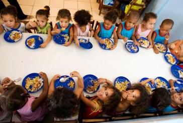 Políticas laborais de apoio a quem tem filhos beneficiam trabalhadores e empresas, diz relatório