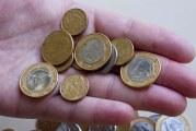 Salário mínimo só com correção da inflação corrói poder de compra, afirma economista