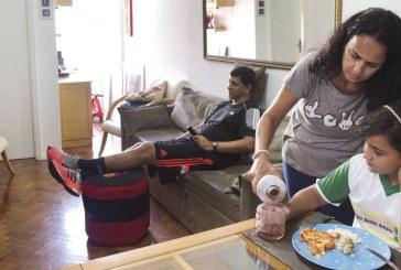 Trabalho doméstico consome 18 horas por semana da mulher; reflexo é sentido na renda