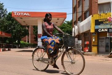 O que impulsiona a igualdade entre homens e mulheres nos países em desenvolvimento?