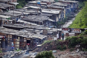 """""""A extrema pobreza voltou aos níveis de 12 anos atrás"""", diz pesquisador da ActionAid e Ibase"""