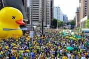 No Brasil pós-Reforma Trabalhista, empregos formais caem e informais sobem
