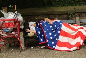 Pesquisa dos irmãos Koch mostra que americanos querem salário mínimo maior e saúde gratuita