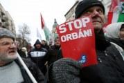 """Hungria: Milhares protestaram em Budapeste contra """"lei da escravatura"""""""