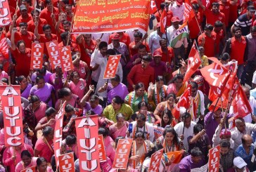 Greve de dois dias na Índia tem adesão de 200 milhões de trabalhadores