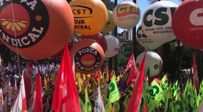 Centrais sindicais repudiam medida de Bolsonaro pró-trabalho escravo