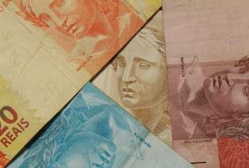 Governo Bolsonaro tem até abril para definir regra que reajusta salário mínimo; entenda