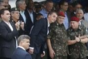 Para poupar militares, Bolsonaro demoniza trabalhador rural e servidor