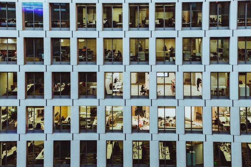 OIT: países devem agir para que inovações criem oportunidades no mundo do trabalho