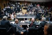 Parlamentares e sindicalistas traçam pauta de combate à reforma da Previdência