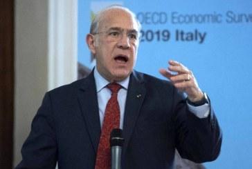 """OCDE adverte para o declínio da """"comprimida"""" classe média"""