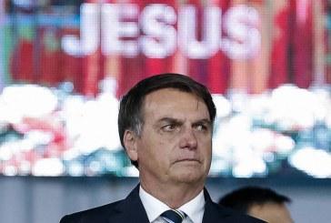 Bolsonaro se torna garoto-propaganda de um governo sem políticas de emprego