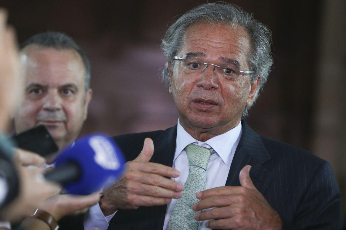 Guedes diz que vai liberar FGTS para trabalhador se reforma da Previdência passar