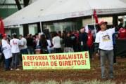 Com nova 'reforma' trabalhista, Bolsonaro quer anular atuação sindical