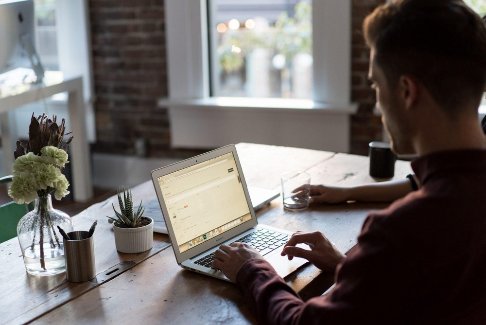 Bench Accountig – Home office – computador – notebook – teletrabalho