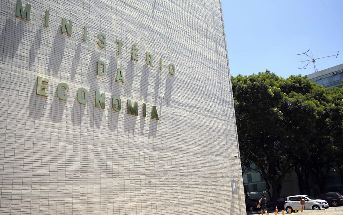 Abr – Cruz – Ministério da Economia